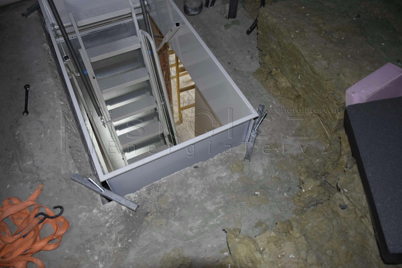 rögzített felső kereszttartók hőszigetelt tűzgátló padásfeljáró